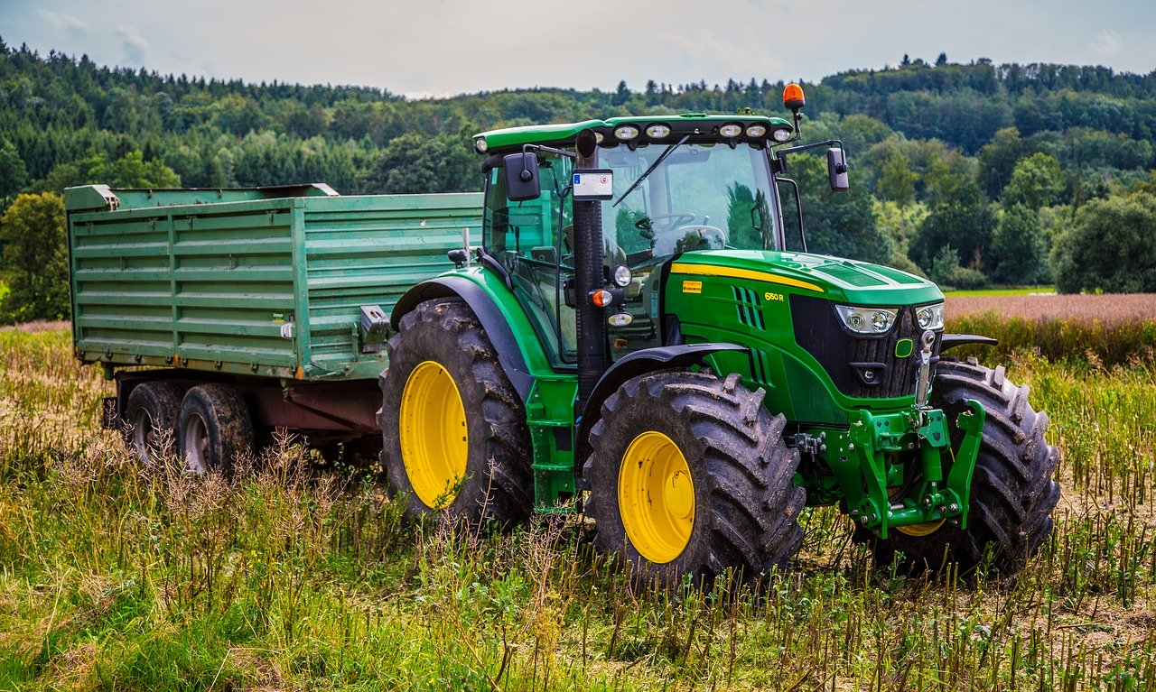 tractor-2633099_1280